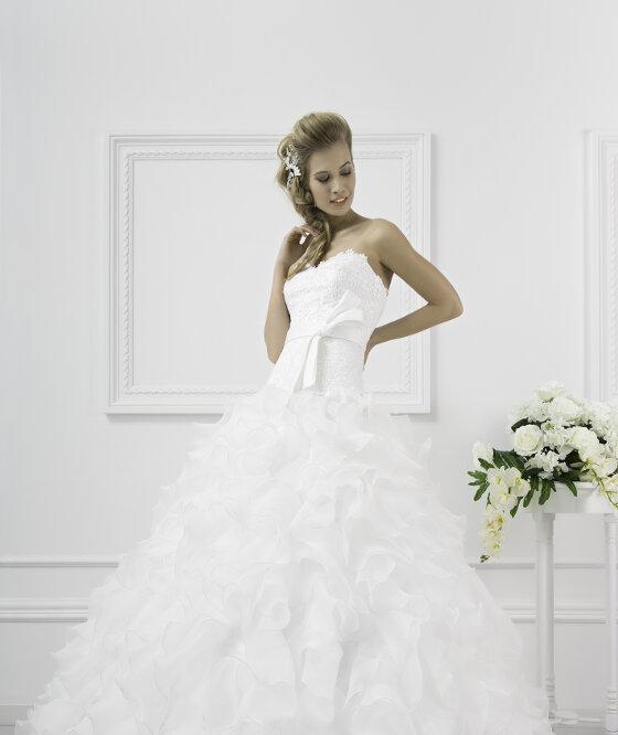 new style 5928d 011ed Abiti da Sposa e Vestiti per Cerimonia Eleganti e Raffinati